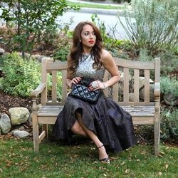 """Elizabeth of <a href=""""http://akeenesenseofstyle.blogspot.com""""target=""""_blank"""">A Keene Sense of Style</a> is wearing an <a href=""""http://www.express.com/clothing/sequin+embellished+cropped+tank/pro/6382382/cat290002?CID=550&pubname=rewardStyle&pubID=444135"""