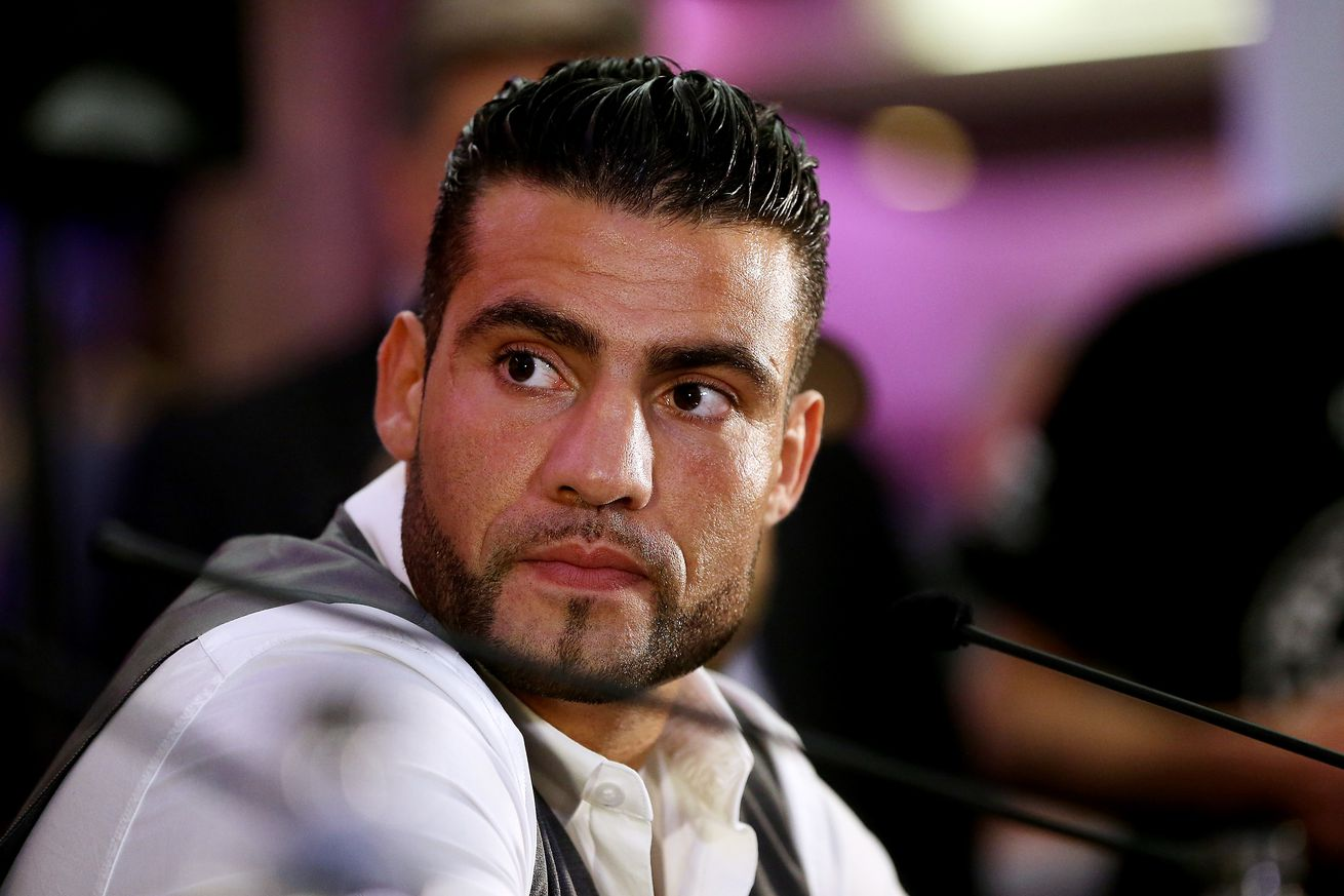 167838812.jpg.0 - WBA lifts Charr suspension, orders him to fight Oquendo