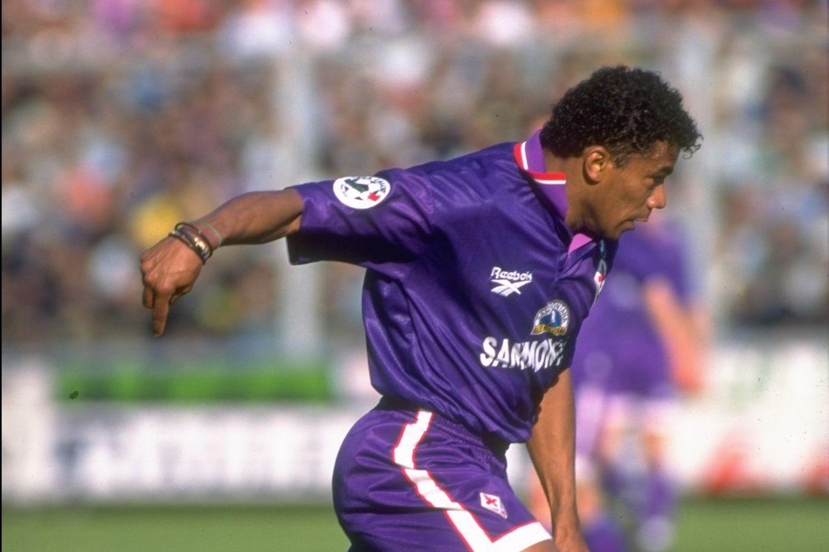Luis Oliveira of Fiorentina