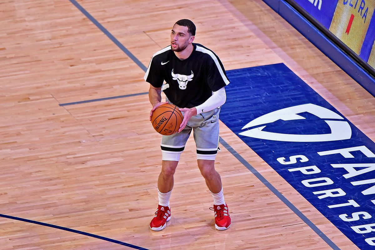 Zach LaVine of the Chicago Bulls warms up before the game against the Memphis Grizzlies at FedExForum on April 12, 2021 in Memphis, Tennessee.