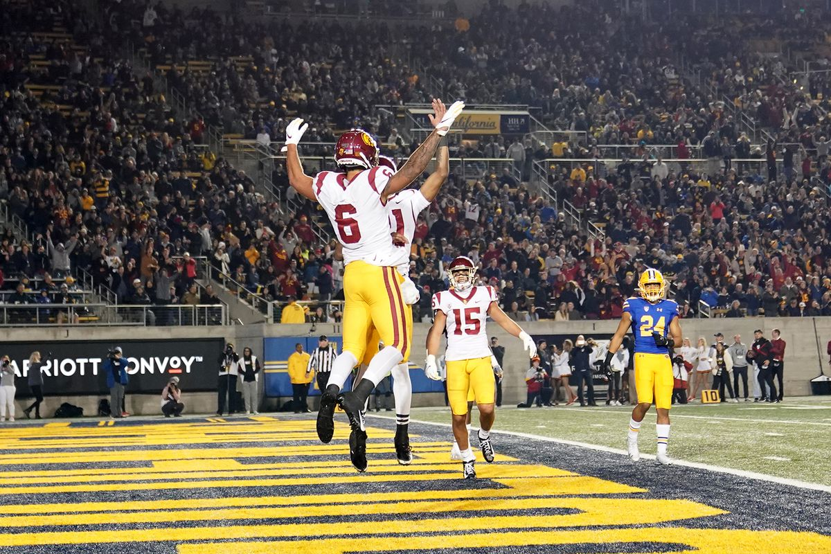 USC Football ranked No. 23 in College Football Playoff Top 25