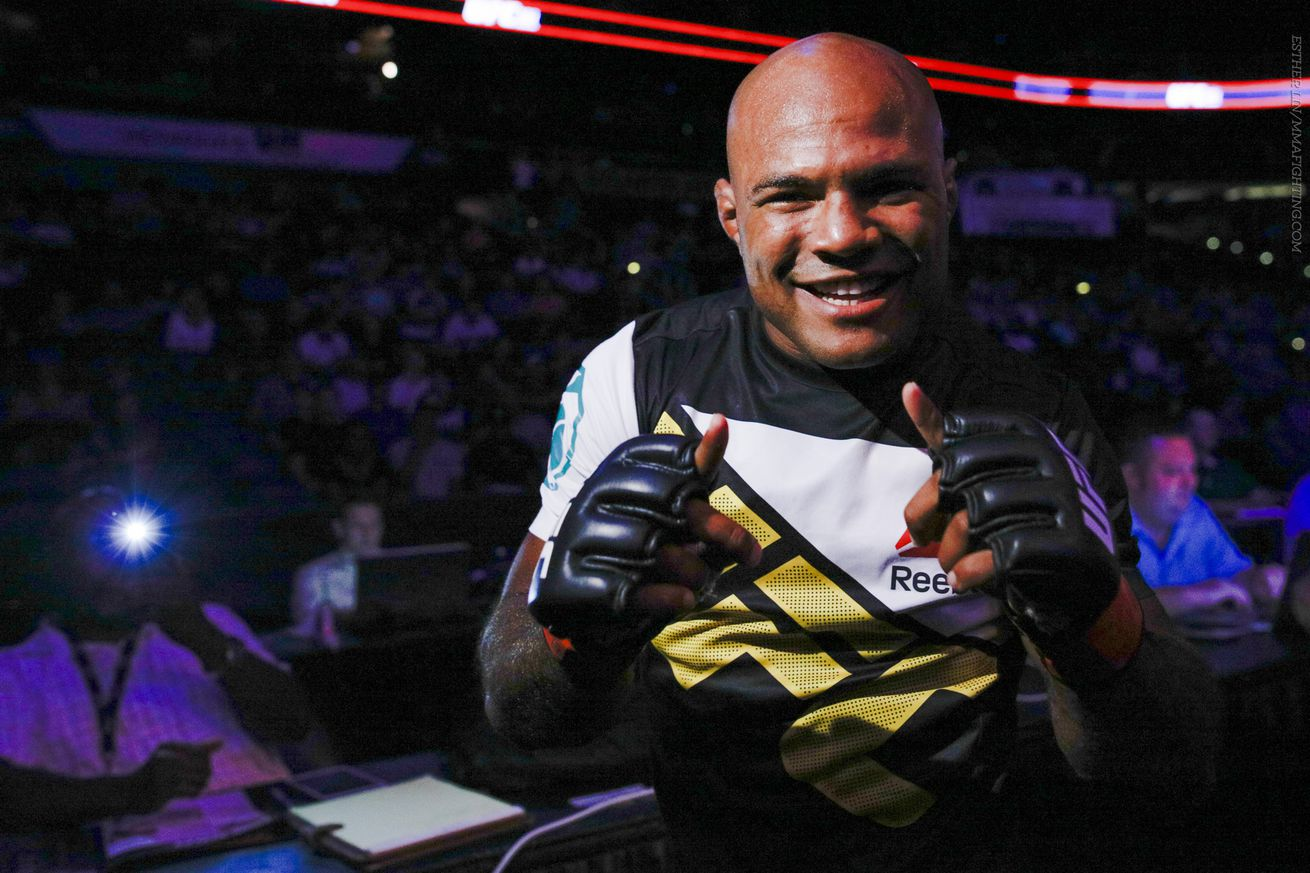 Wilson Reis looks to get back on track at Saturday's UFC Adelaide.