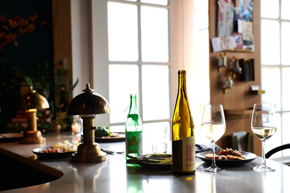 Restaurant Trend: Natural Wine Bars Run by Top Chefs - Eater