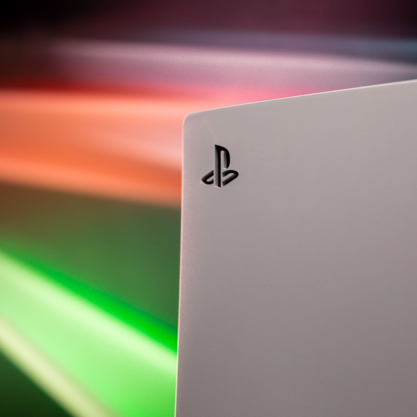 Sony Sold 4 5 Million Playstation 5 Consoles Last Year The Verge