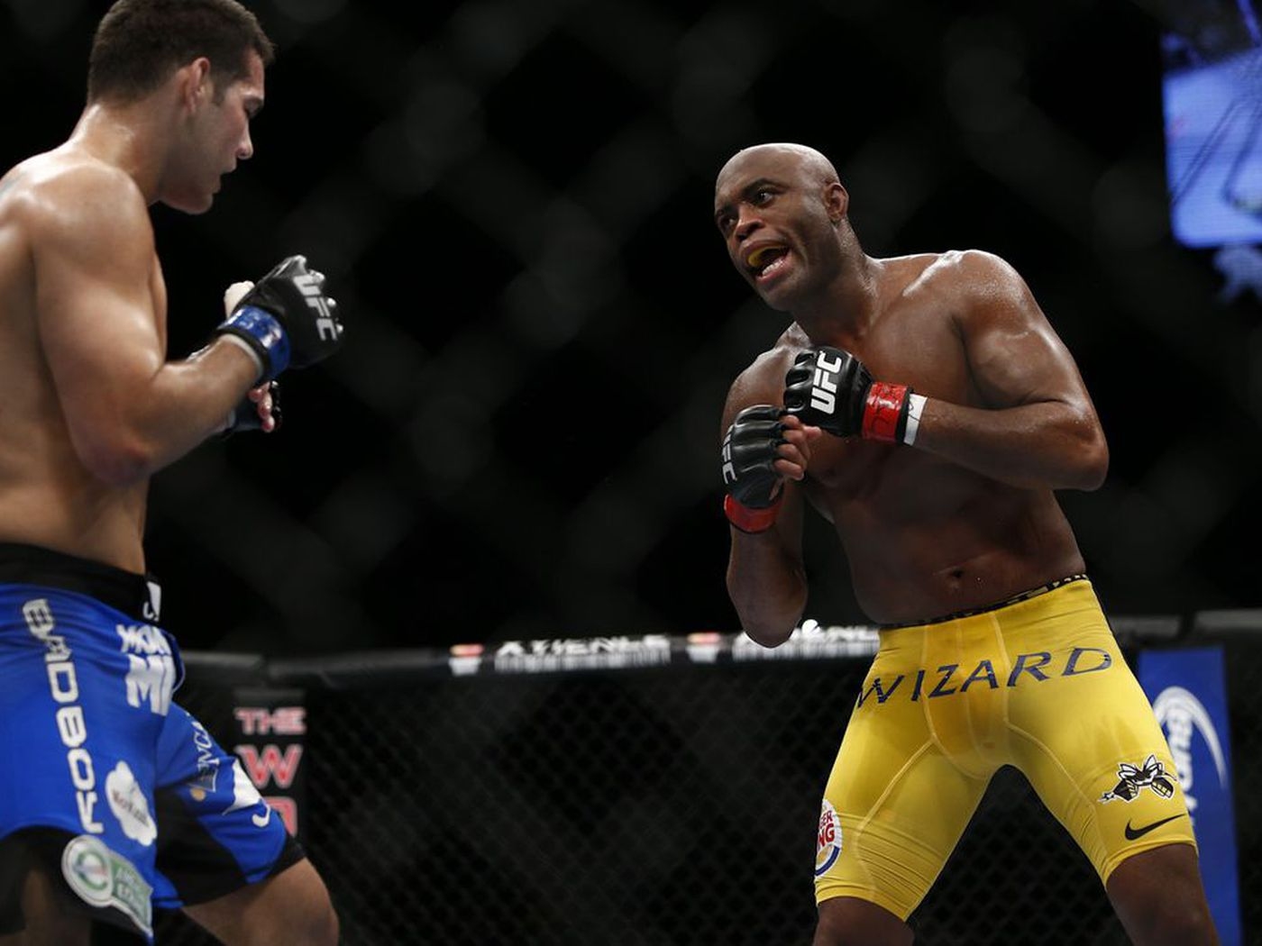 Anderson Silva wanted to retire before first Chris Weidman fight - MMA  Fighting