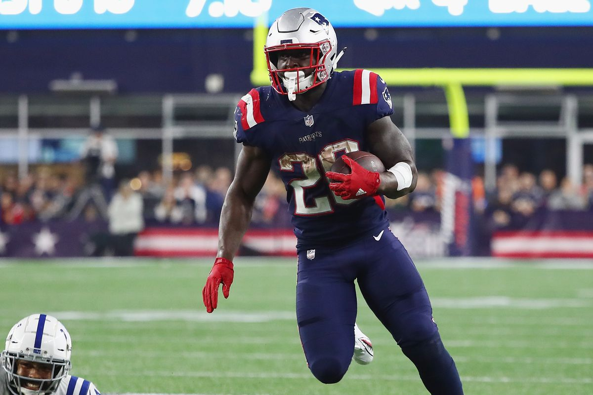 55d22c84 Injury update: Cautious optimism surrounds Sony Michel with MRI ...