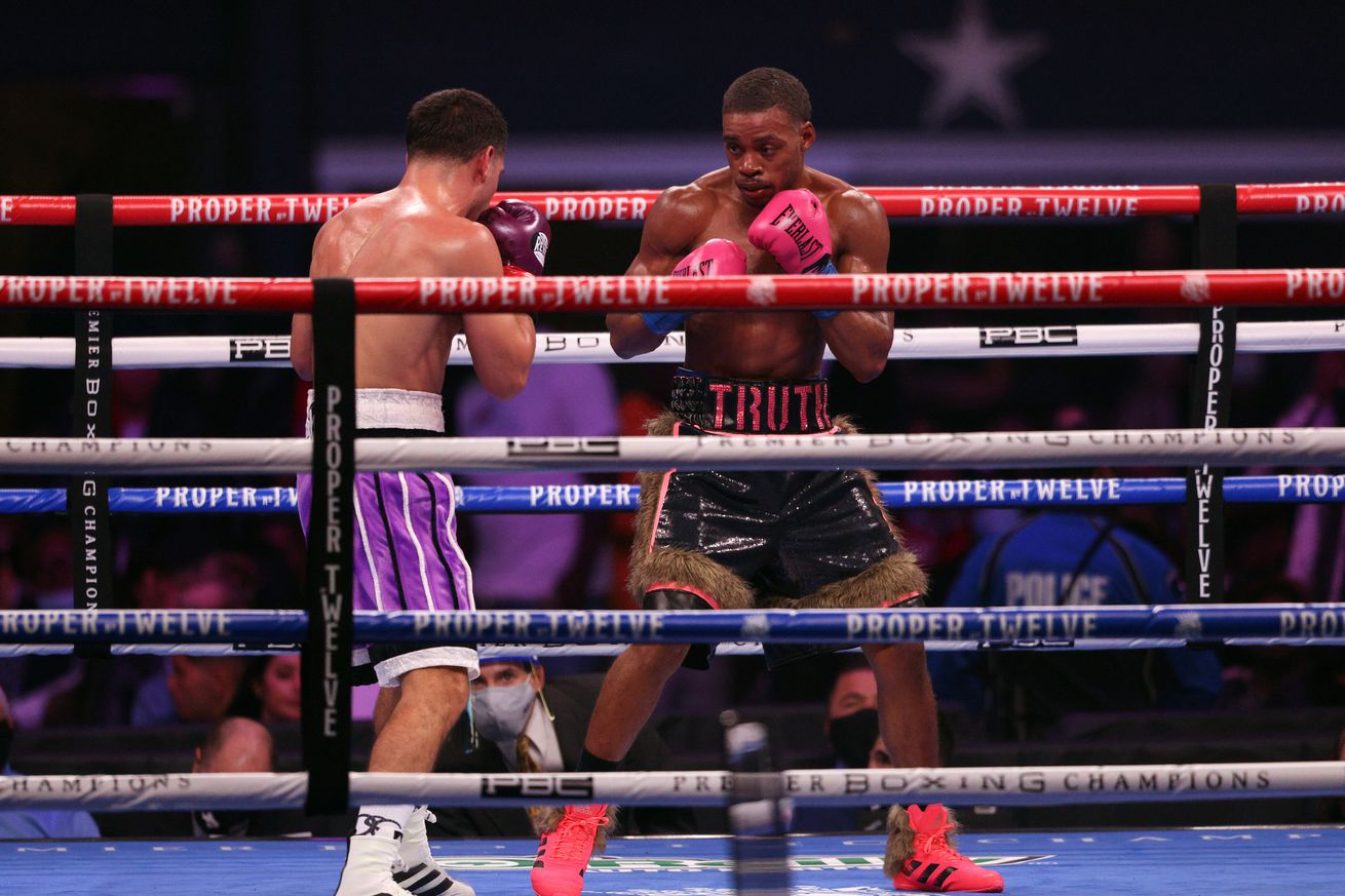 1289664311.0 - Spence-Garcia reportedly pulls over 250,000 PPV buys