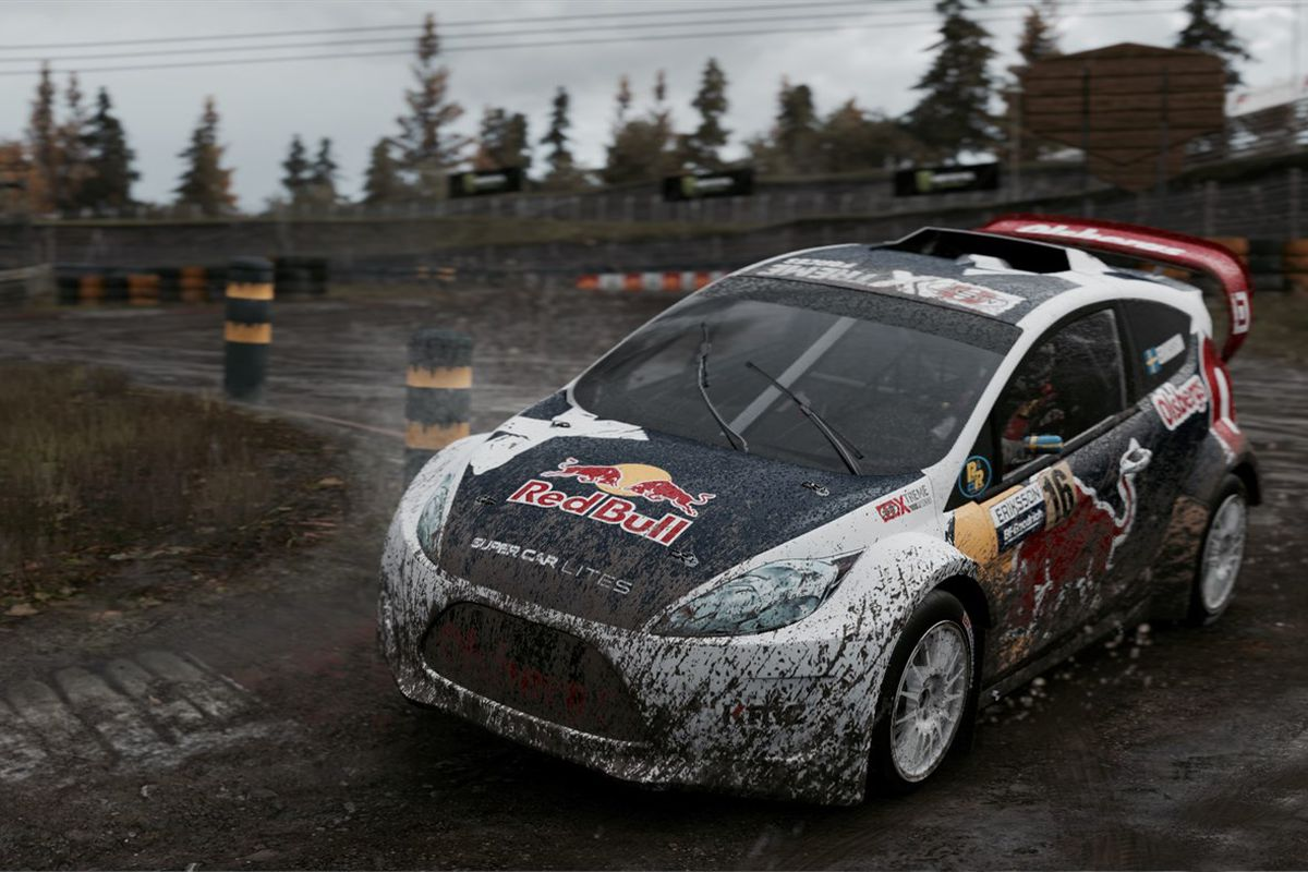 A rally car races through the mud in a screenshot from Project CARS 2