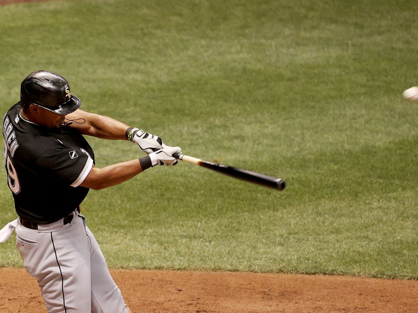 White Sox Can T Get Comfortable Jose Abreu Says Chicago Sun Times