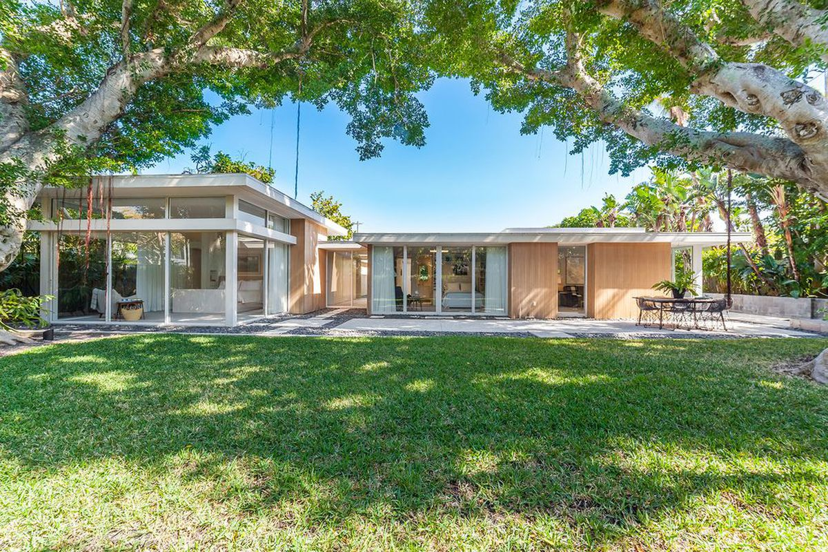 Midcentury Jewel With Design Pedigree And Pool Asks 2 2m Curbed