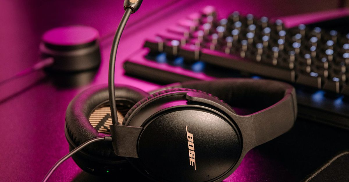 Bose turned its Quiet Comfort 35 II headphones into a gaming headset - The Verge