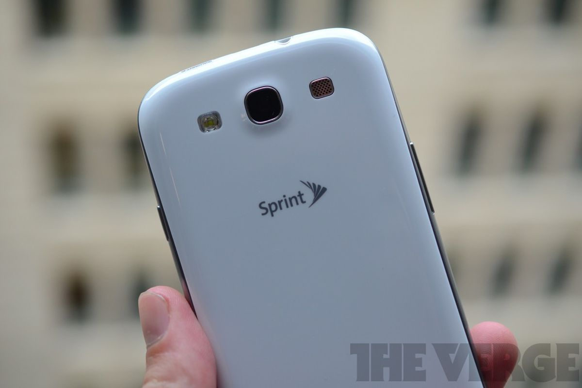 Sprint says it will give away 1 million internet-connected devices