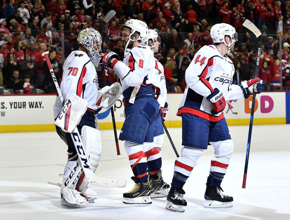 91d19ac7 Behind Enemy Lines: Previewing the Washington Capitals, Philadelphia ...