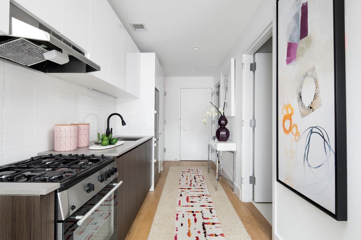 On Brooklyn\'s Fourth Avenue, yet another rental debuts apartments ...