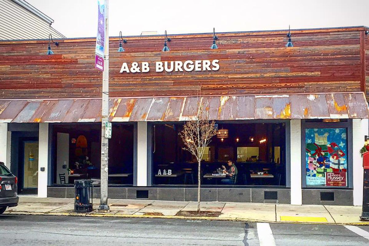 A&B Burgers in Beverly