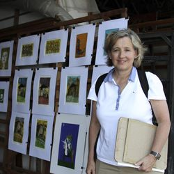 Natalie Gochnour visits a Cuban art market.