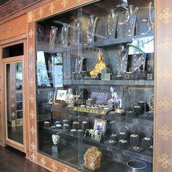 Nialaya's luxe display cases