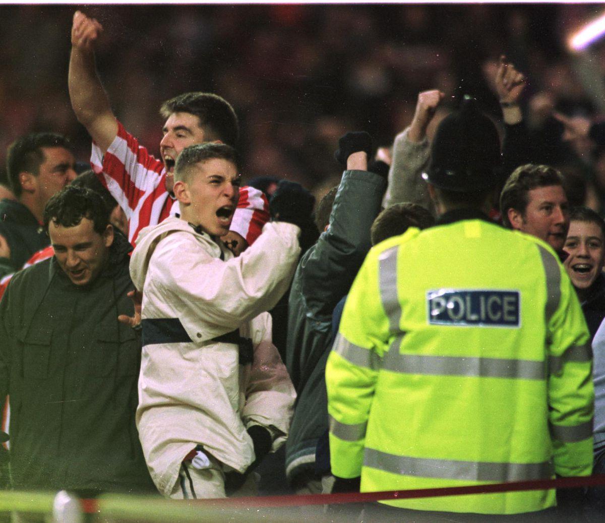 Soccer - FA Carling Premiership - Sunderland v Newcastle United