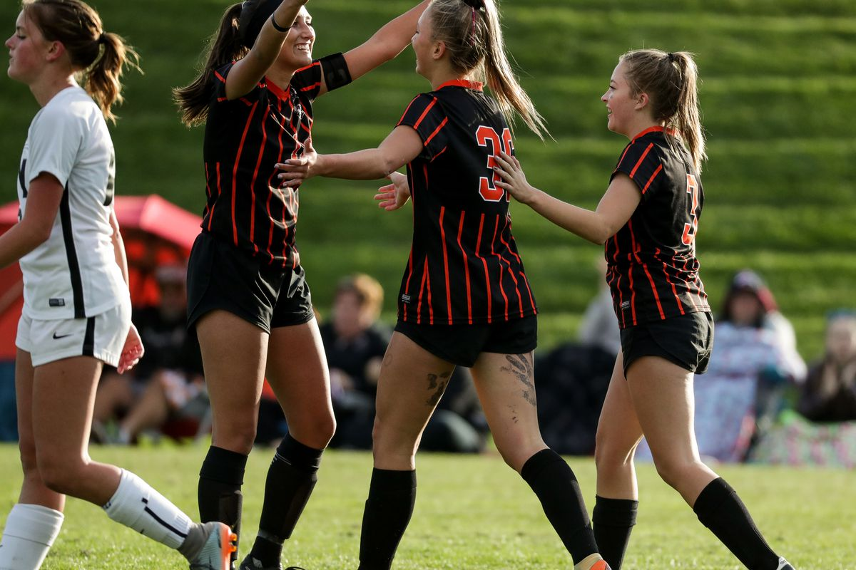 Roy and Murray play a girls soccer game at Murray Park in Murray on Thursday, Oct. 11, 2018.