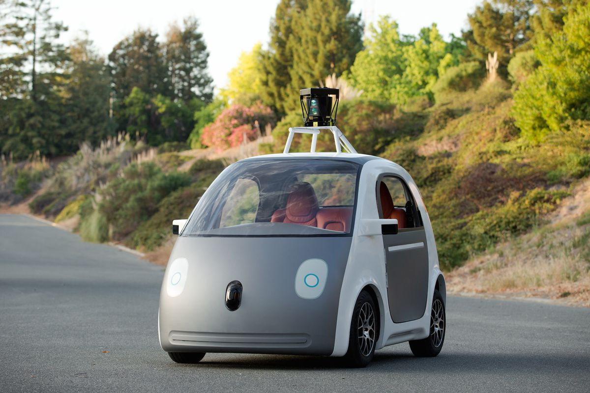 Google made a self-driving car, and it doesn\'t have a steering wheel ...