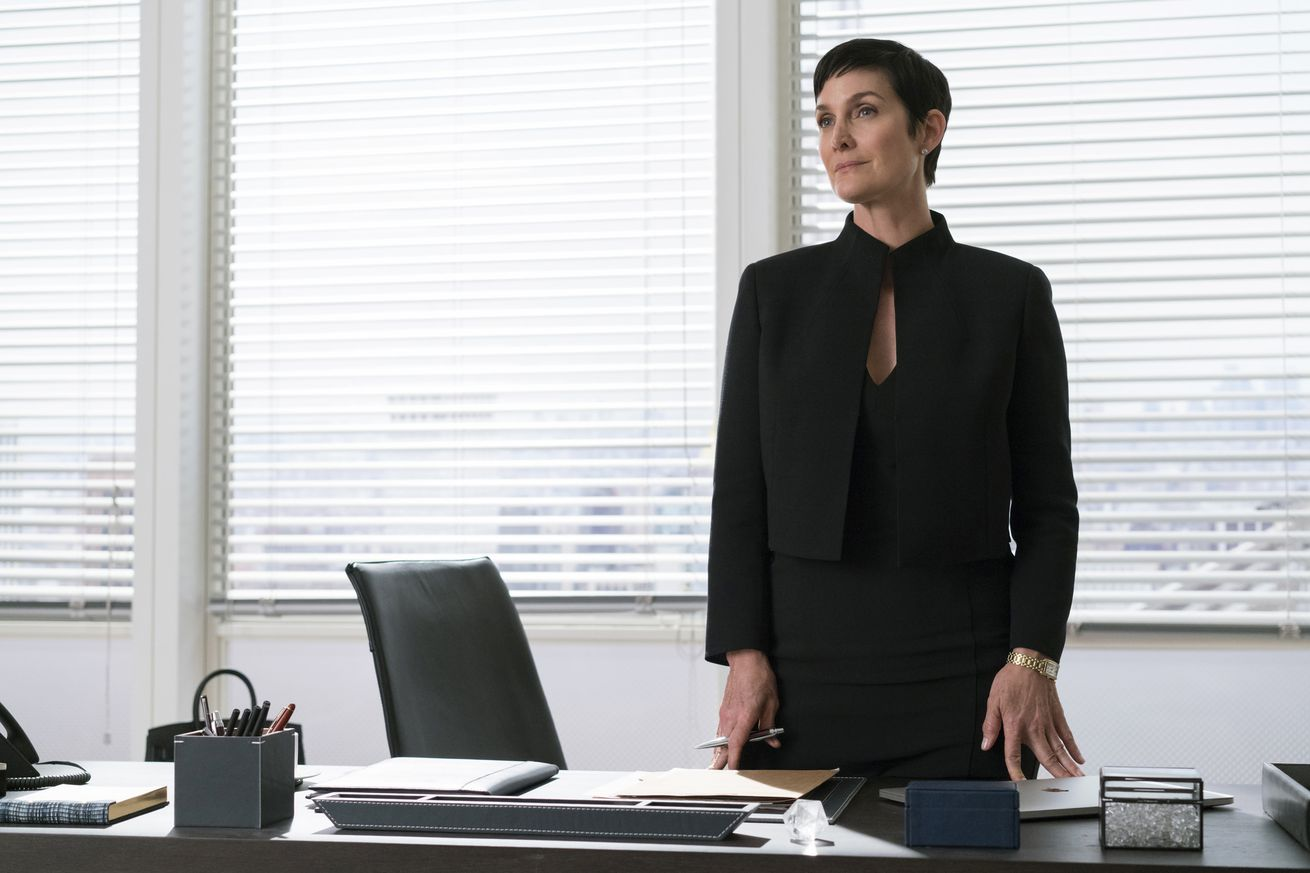 carrie anne moss on jessica jones and opening up to metoo i didn t want to be a victim
