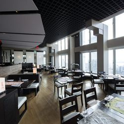 """<a href=""""http://ny.eater.com/archives/2012/10/gaonnuri_a_massive_korean_restaurant_in_the_sky.php"""">Eater Inside: Gaonnuri</a>"""