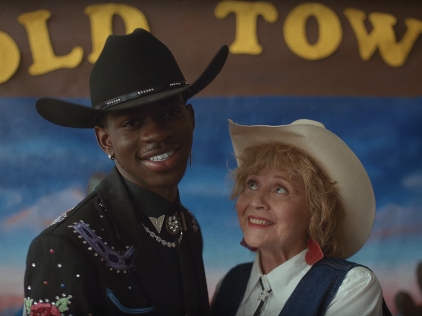 "Lil Nas X's ""Old Town Road"" music video is a time-traveling Western"
