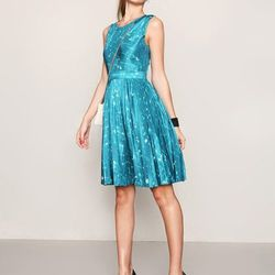 """<a href=""""http://www.gilt.com/sale/women/kate-spade-new-york-apparel/product/102650383-kate-spade-new-york-melody-pleated-silk-dress"""">Melody pleated skirt</a>, $159 (was $495)"""