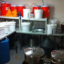 The original basement homebrewing set up.