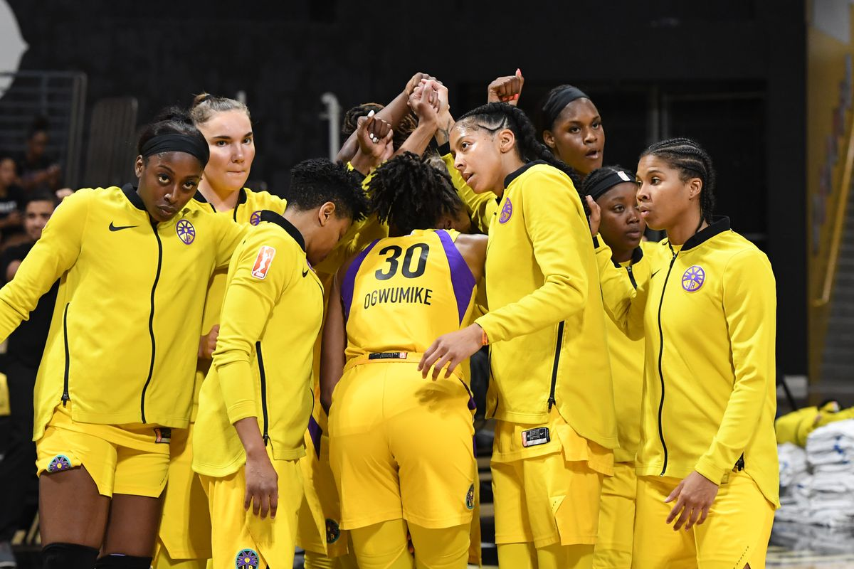 The Los Angeles Sparks huddles up against the Connecticut Sun before Game Three of the 2019 WNBA Semifinals on September 22, 2019 at the Walter Pyramid in Long Beach, California