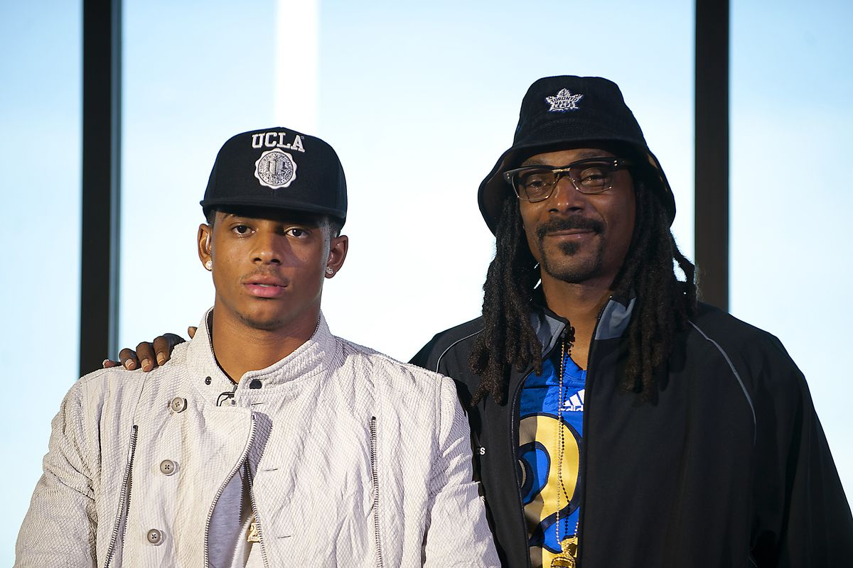 Snoop Doggs son leaving UCLA football for the second time