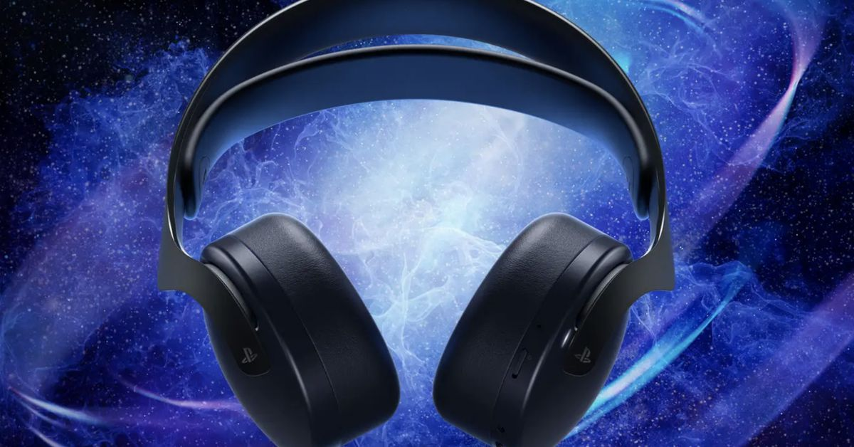 Sony is releasing its Pulse 3D Audio headset in midnight black