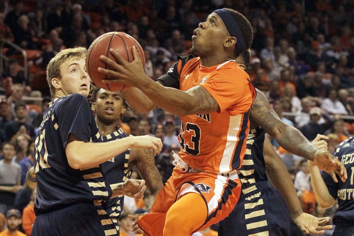 Those orange and blue color-on-color uniforms looked great.