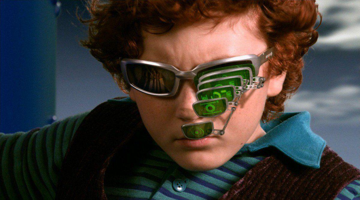 juni cortez wearing some super cool spy glasses