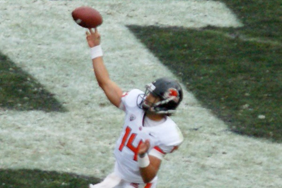 Cody Vaz will start for Oregon St. against Texas in the Alamo Bowl.