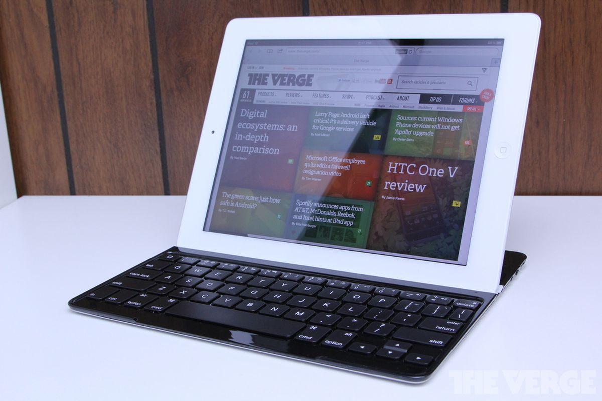Gallery Photo: Logitech Ultrathin Keyboard Cover for iPad hands-on pictures