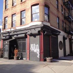 "Dena Street <a href=""http://www.brownstoner.com/brownstoner/archives/2010/10/wine_bar_and_re.php"" rel=""nofollow"">Brownstoner</a>"