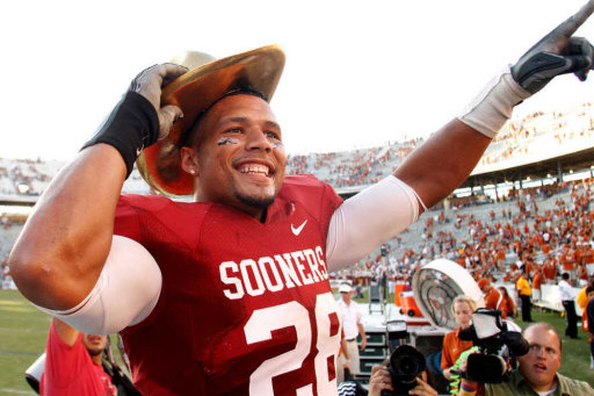 Could OU fans be in store for another season with the charismatic leader of the Sooner defense?