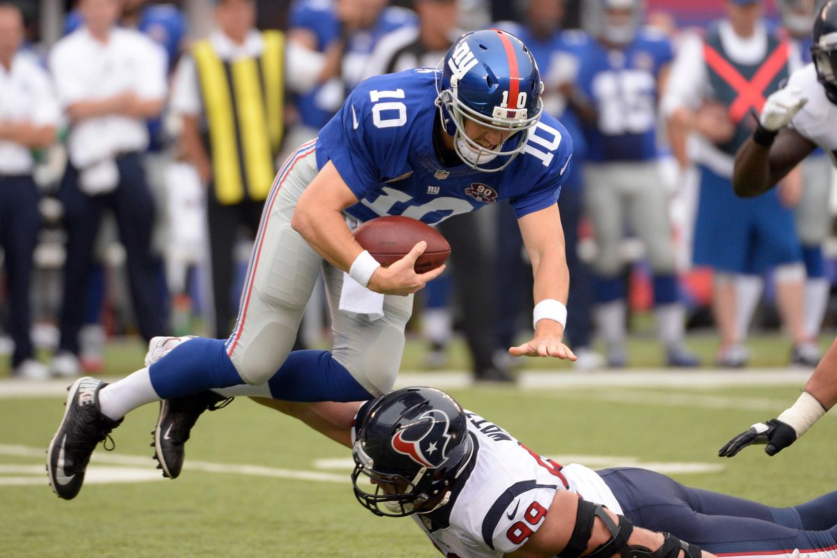 New York Giants quarterback Eli Manning wont put all of the blame on the offensive line for the teams offensive struggles through the first two weeks of the season