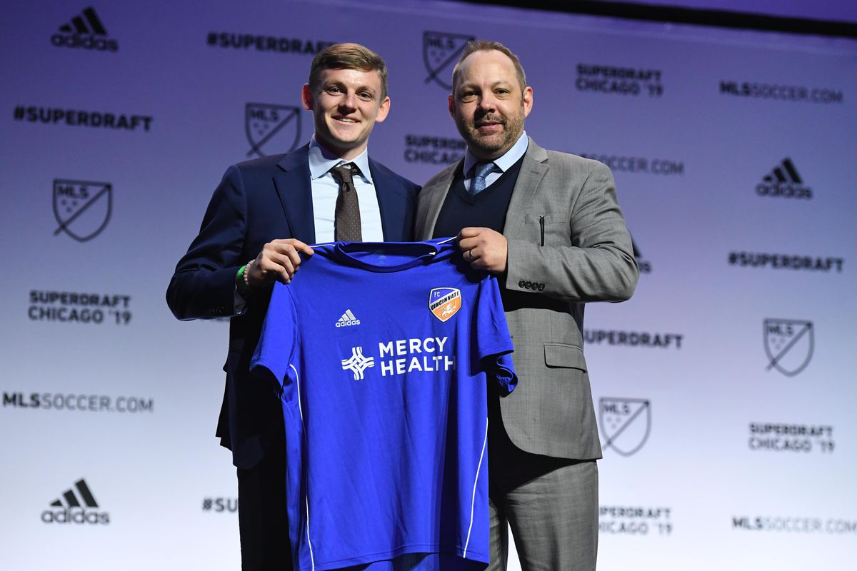 purchase cheap 54cf5 eec29 Notre Dame Soccer: Tommy McCabe Selected By FC Cincinnati In ...