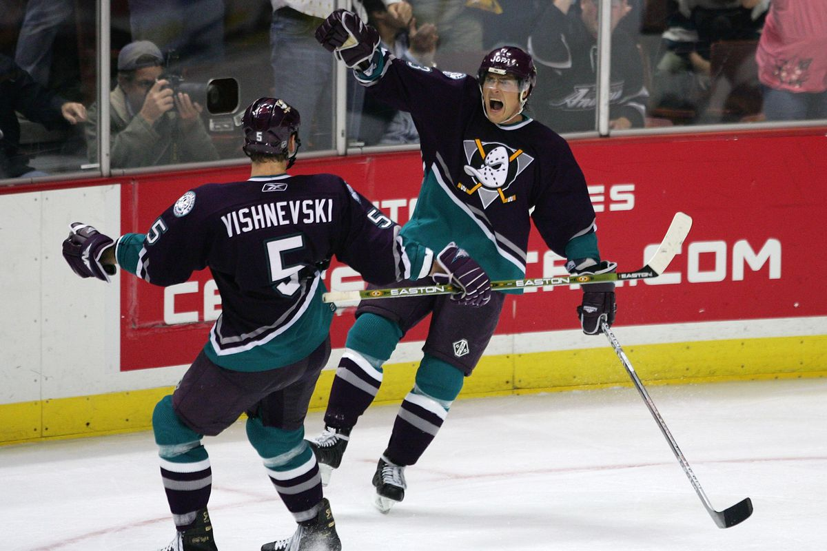 d67dfee27 No, The Ducks Will Not Return To The Mighty Ducks Branding - Anaheim ...