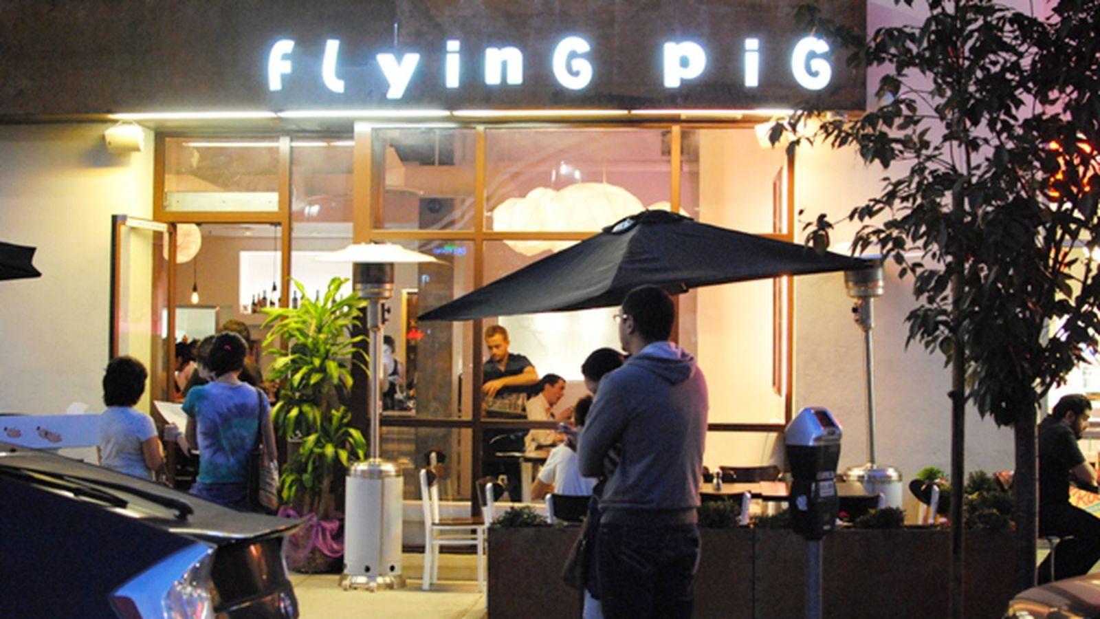 Little Tokyo S Flying Pig Cafe Runs Aground As Robata Kaba