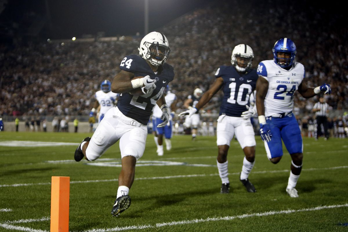 Penn State RB Miles Sanders runs for a touchdown against the Georgia State Panthers, Sep. 16, 2017.