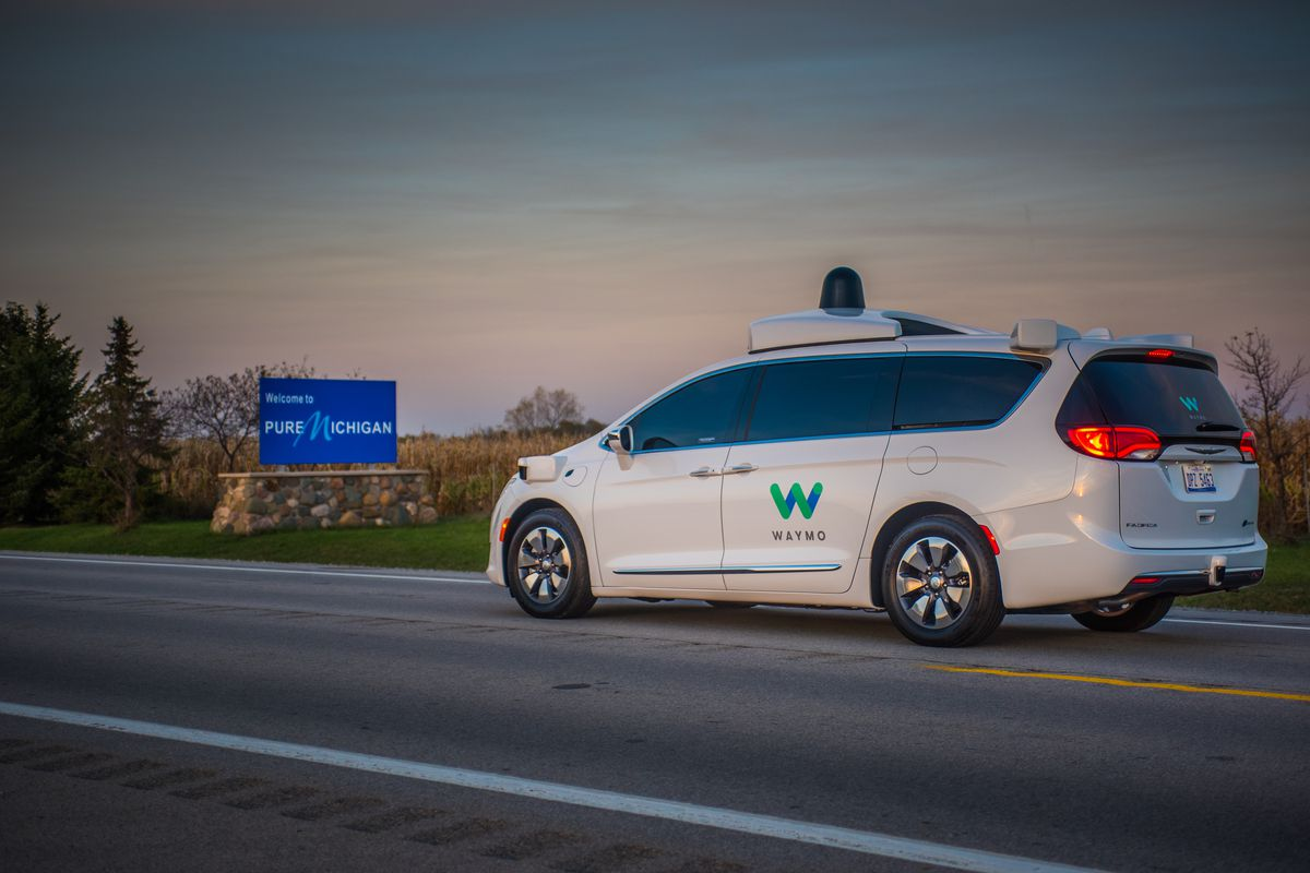 Auto Driving Car >> Waymos S Self Driving Cars Are Headed To The Cradle Of The