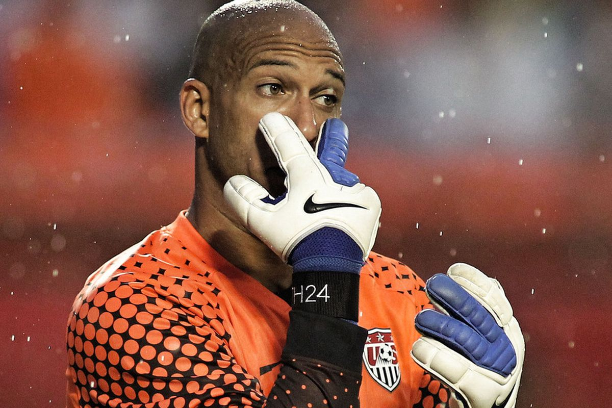 """Tim Howard to his defense: """"See these? These are sad eyes. They are both very disappointed in you right now."""""""