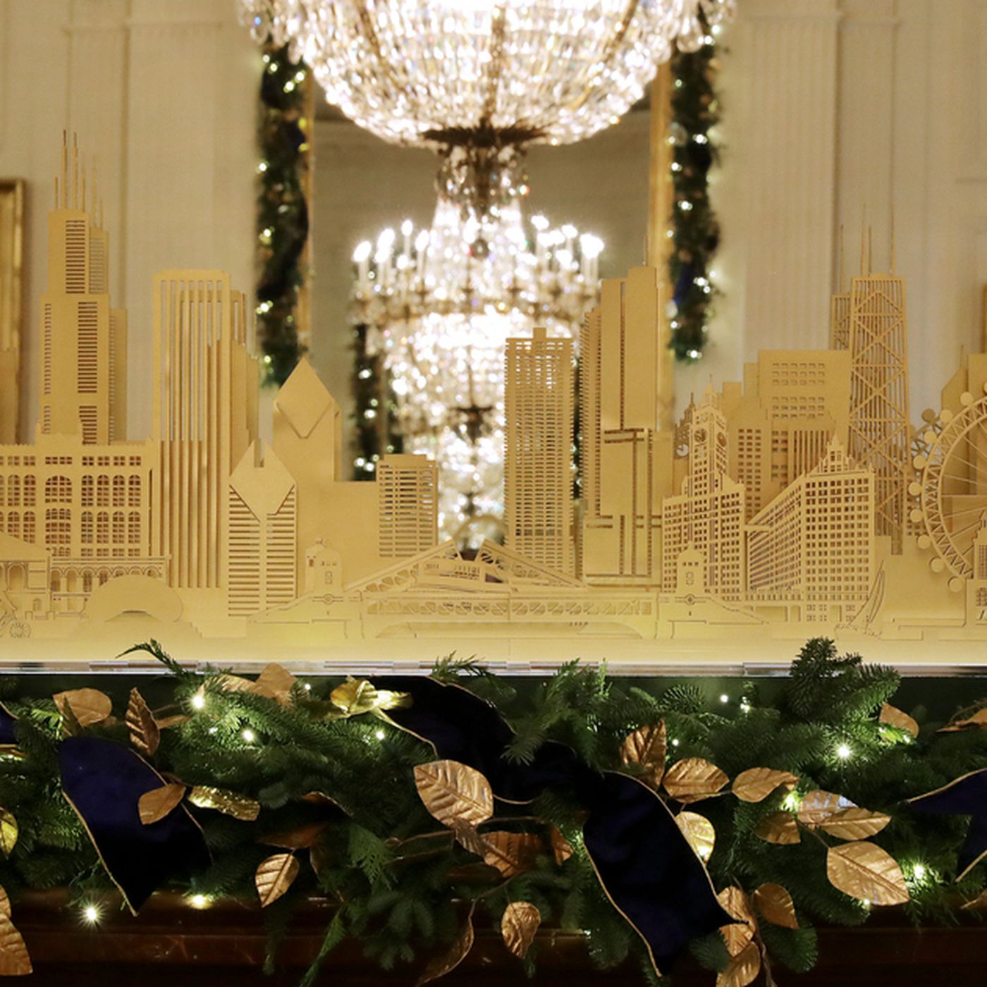 Christmas In Chicago Skyline.Chicago Skyline Among The White House American Treasures