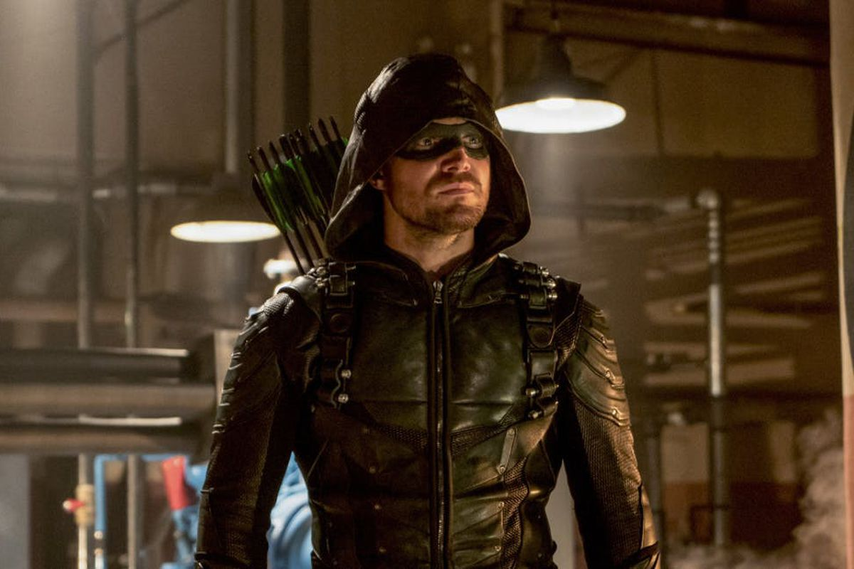 Arrow to end after season 8, and Elseworlds might be the key to how