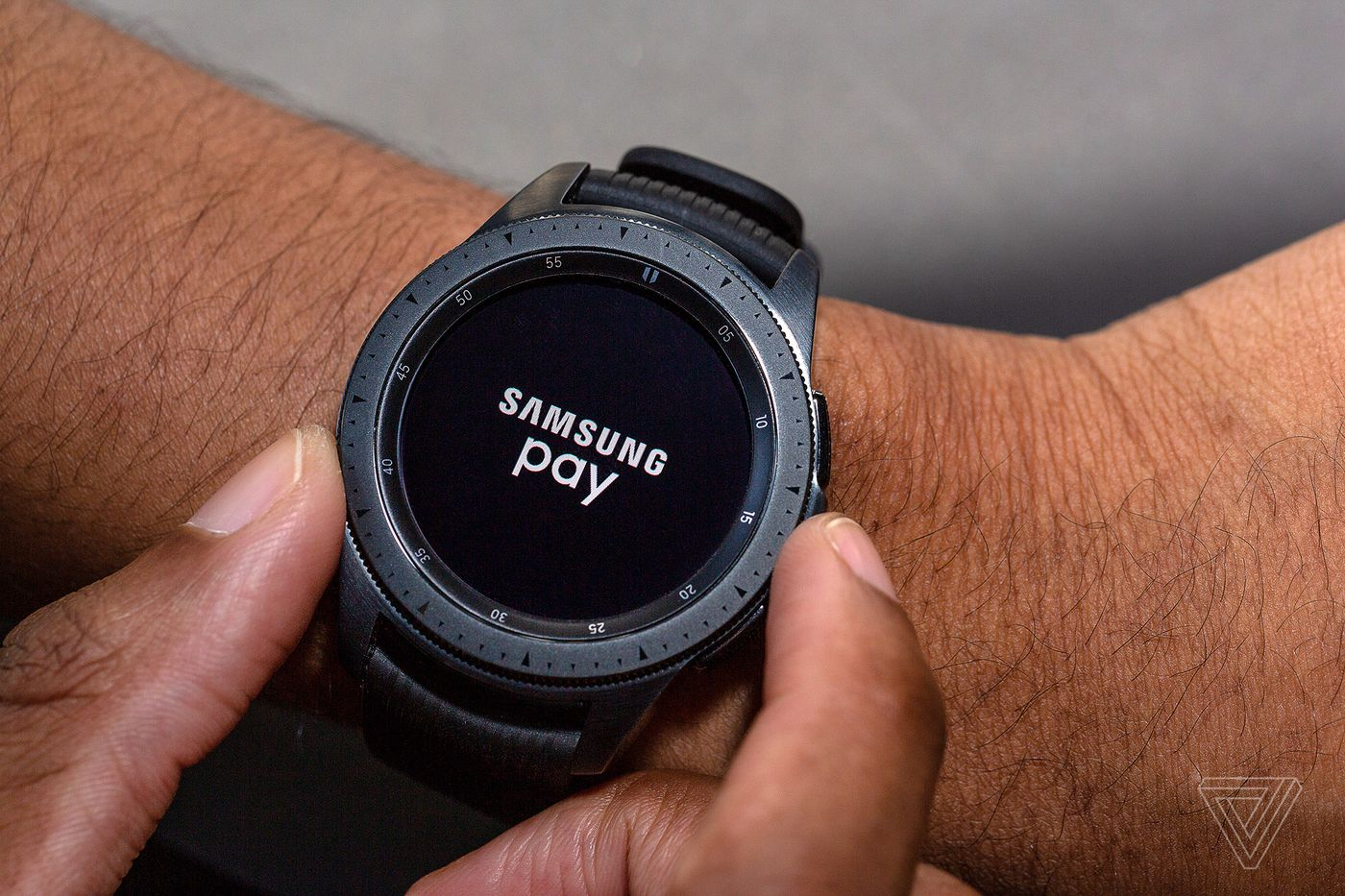 Samsung Galaxy Watch review: iteration over innovation - The Verge
