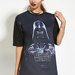 """Tee, <a href=""""http://www.forever21.com/Product/Product.aspx?br=F21&category=top_graphic-tops&productid=2000182942"""">$19.90</a>"""