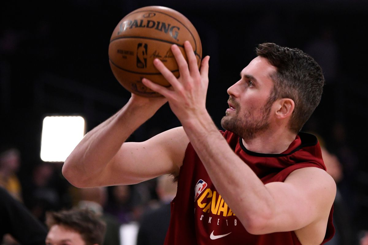 Cleveland Cavaliers forward Kevin Love during pregame warmups before the Cavs play the Los Angeles Lakers at Staples Center.